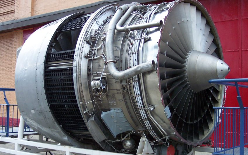 Rolls-Royce RB211-524D4 engines